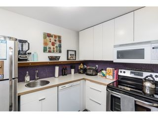 """Photo 6: 96 17716 60 Avenue in Surrey: Cloverdale BC Condo for sale in """"Clover Park Gardens"""" (Cloverdale)  : MLS®# R2405758"""