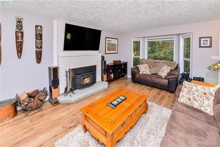 Photo 2: 2479 Skedans Road in VICTORIA: La Thetis Heights Single Family Detached for sale (Langford)  : MLS®# 416948