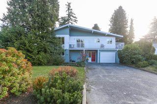 Photo 2: 4942 6 Avenue in Delta: Pebble Hill House for sale (Tsawwassen)  : MLS®# R2421712