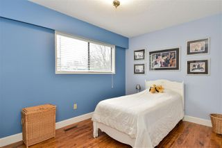 "Photo 13: 15401 KILDARE Drive in Surrey: Sullivan Station House for sale in ""Sullivan Station"" : MLS®# R2440819"