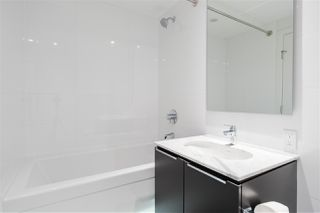 "Photo 21: 905 5233 GILBERT Road in Richmond: Brighouse Condo for sale in ""ONE RIVER PARK PLACE"" : MLS®# R2479595"