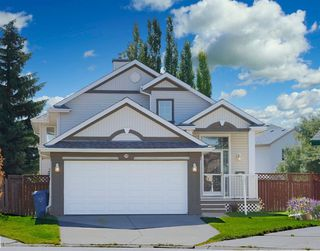 Photo 1: 125 Coventry Mews NE in Calgary: Coventry Hills Detached for sale : MLS®# A1017866