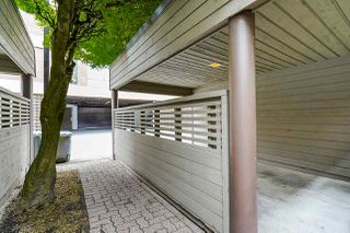 Photo 3: 4139 PARKWAY Drive in Vancouver: Quilchena Townhouse for sale (Vancouver West)  : MLS®# R2486557