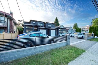 Photo 3: 7295 10TH Avenue in Burnaby: Edmonds BE 1/2 Duplex for sale (Burnaby East)  : MLS®# R2494629