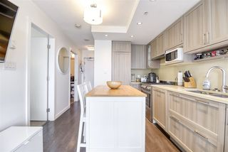 """Photo 8: 2606 5665 BOUNDARY Road in Vancouver: Collingwood VE Condo for sale in """"WALL CENTRE CENTRAL PARK TOWER II"""" (Vancouver East)  : MLS®# R2508842"""