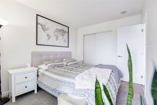 """Photo 11: 2606 5665 BOUNDARY Road in Vancouver: Collingwood VE Condo for sale in """"WALL CENTRE CENTRAL PARK TOWER II"""" (Vancouver East)  : MLS®# R2508842"""