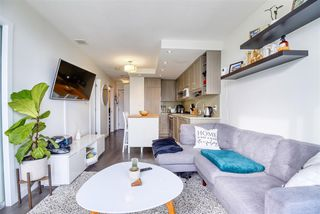 """Photo 5: 2606 5665 BOUNDARY Road in Vancouver: Collingwood VE Condo for sale in """"WALL CENTRE CENTRAL PARK TOWER II"""" (Vancouver East)  : MLS®# R2508842"""