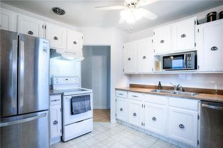 Photo 8: 23 Almond Bay in Winnipeg: Windsor Park Single Family Detached for sale (2G)  : MLS®# 202026329
