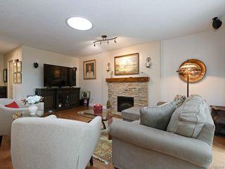 Photo 5: 4 5156 Cordova Bay Rd in : SE Cordova Bay Row/Townhouse for sale (Saanich East)  : MLS®# 858788
