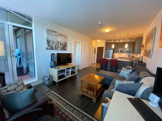 Photo 9: 404 2789 SHAUGHNESSY STREET in Port Coquitlam: Central Pt Coquitlam Condo for sale : MLS®# R2493095
