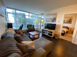 Photo 8: 404 2789 SHAUGHNESSY STREET in Port Coquitlam: Central Pt Coquitlam Condo for sale : MLS®# R2493095