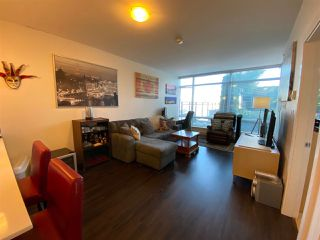 Photo 7: 404 2789 SHAUGHNESSY STREET in Port Coquitlam: Central Pt Coquitlam Condo for sale : MLS®# R2493095