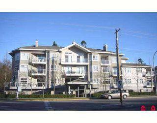 "Photo 1: 8976 208TH Street in Langley: Walnut Grove Condo for sale in ""Oakridge"" : MLS®# F2707851"