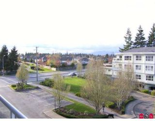 "Photo 4: 8976 208TH Street in Langley: Walnut Grove Condo for sale in ""Oakridge"" : MLS®# F2707851"