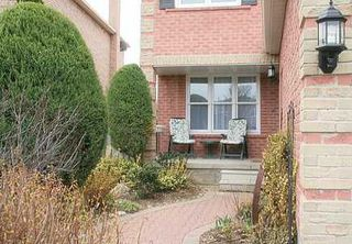 Photo 2: 5 Rainsford Rd in Markham: House (2-Storey) for sale (N11: LOCUST HIL)  : MLS®# N1119702