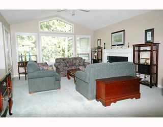 Photo 7: 12451 263RD Street in Maple_Ridge: Websters Corners House for sale (Maple Ridge)  : MLS®# V646942
