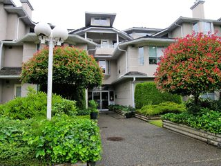 """Photo 1: 308 19721 64TH Avenue in Langley: Willoughby Heights Condo for sale in """"Westside"""" : MLS®# F2718689"""