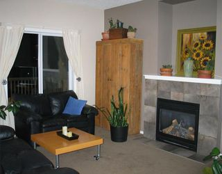 Photo 2: 218 Evansmeade Close NW in CALGARY: Evanston House for sale (Calgary)