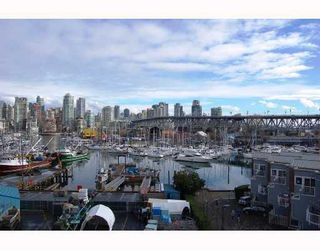 "Photo 2: 506 1510 W 1ST Avenue in Vancouver: False Creek Condo for sale in ""MARINER POINT"" (Vancouver West)  : MLS®# V691019"