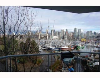 "Photo 8: 506 1510 W 1ST Avenue in Vancouver: False Creek Condo for sale in ""MARINER POINT"" (Vancouver West)  : MLS®# V691019"