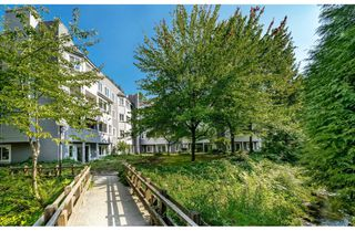 "Photo 1: 111 9880 MANCHESTER Drive in Burnaby: Cariboo Condo for sale in ""Brookside Court"" (Burnaby North)  : MLS®# R2389725"