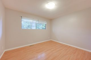 Photo 10: 11936 45 Street in Edmonton: Zone 23 House for sale : MLS®# E4167776