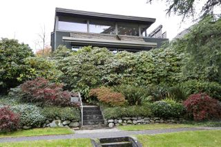 Photo 1: 3277 QUESNEL Drive in Vancouver: Dunbar House for sale (Vancouver West)  : MLS®# R2416863