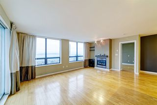 "Photo 3: 3006 4333 CENTRAL Boulevard in Burnaby: Metrotown Condo for sale in ""Presidia"" (Burnaby South)  : MLS®# R2423050"