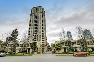 "Photo 1: 3006 4333 CENTRAL Boulevard in Burnaby: Metrotown Condo for sale in ""Presidia"" (Burnaby South)  : MLS®# R2423050"
