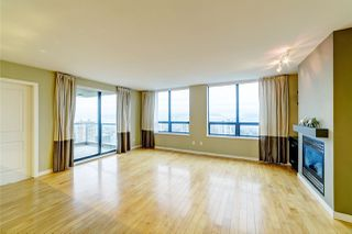 "Photo 2: 3006 4333 CENTRAL Boulevard in Burnaby: Metrotown Condo for sale in ""Presidia"" (Burnaby South)  : MLS®# R2423050"
