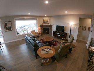 Photo 8: 6347 SAMRON Road in Sechelt: Sechelt District House for sale (Sunshine Coast)  : MLS®# R2426057
