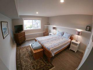 Photo 16: 6347 SAMRON Road in Sechelt: Sechelt District House for sale (Sunshine Coast)  : MLS®# R2426057