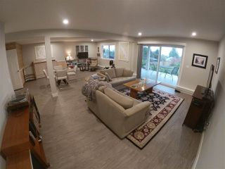 Photo 14: 6347 SAMRON Road in Sechelt: Sechelt District House for sale (Sunshine Coast)  : MLS®# R2426057