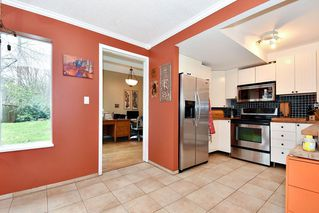 """Photo 8: 7403 TAMARIND Drive in Vancouver: Champlain Heights Townhouse for sale in """"THE UPLANDS"""" (Vancouver East)  : MLS®# R2426145"""