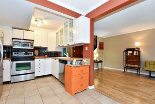 """Photo 7: 7403 TAMARIND Drive in Vancouver: Champlain Heights Townhouse for sale in """"THE UPLANDS"""" (Vancouver East)  : MLS®# R2426145"""