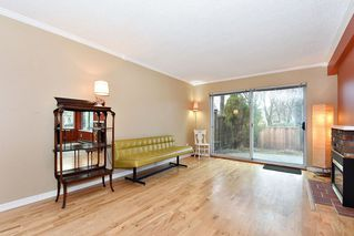 """Photo 10: 7403 TAMARIND Drive in Vancouver: Champlain Heights Townhouse for sale in """"THE UPLANDS"""" (Vancouver East)  : MLS®# R2426145"""