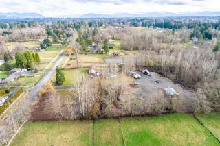 Photo 2: 25834 62 Avenue in Langley: Aldergrove Langley House for sale : MLS®# R2430066