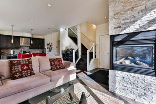 Photo 5: 142 12 Avenue NW in Calgary: Crescent Heights Row/Townhouse for sale : MLS®# C4290124