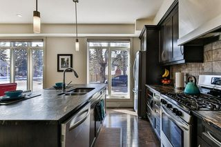 Photo 13: 142 12 Avenue NW in Calgary: Crescent Heights Row/Townhouse for sale : MLS®# C4290124