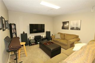 Photo 11: 575 BARKMAN Avenue in Steinbach: R16 Residential for sale : MLS®# 202005621