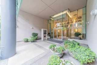 Main Photo: 403 503 W 16TH Avenue in Vancouver: Fairview VW Condo for sale (Vancouver West)  : MLS®# R2480088