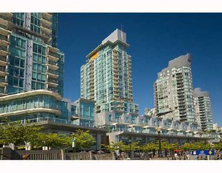 Photo 2: 590 Nicola in Vancouver: Coal Harbour Condo for sale ()  : MLS®# V745320