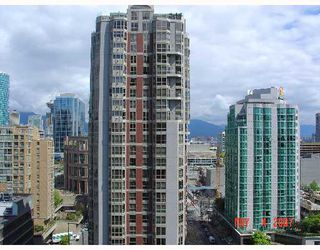 Photo 2: 2010 909 MAINLAND Street in Vancouver: Downtown VW Condo for sale (Vancouver West)  : MLS®# V644844