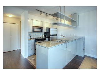 """Photo 6: # 2306 1438 RICHARDS ST in Vancouver: False Creek North Condo for sale in """"AZURA"""" (Vancouver West)  : MLS®# V845071"""