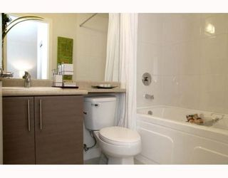 """Photo 7: 405 5692 KINGS Road in Vancouver: University VW Condo for sale in """"GALLERIA"""" (Vancouver West)  : MLS®# V652414"""