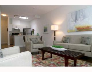 """Photo 2: 405 5692 KINGS Road in Vancouver: University VW Condo for sale in """"GALLERIA"""" (Vancouver West)  : MLS®# V652414"""