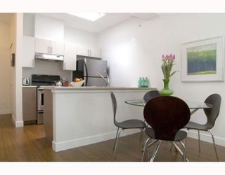 """Photo 4: 405 5692 KINGS Road in Vancouver: University VW Condo for sale in """"GALLERIA"""" (Vancouver West)  : MLS®# V652414"""