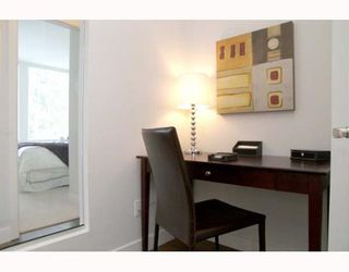 """Photo 8: 405 5692 KINGS Road in Vancouver: University VW Condo for sale in """"GALLERIA"""" (Vancouver West)  : MLS®# V652414"""