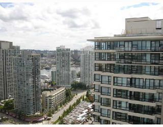 "Photo 3: 2905 909 MAINLAND Street in Vancouver: Downtown VW Condo for sale in ""YALETOWN PARK 2"" (Vancouver West)  : MLS®# V659722"