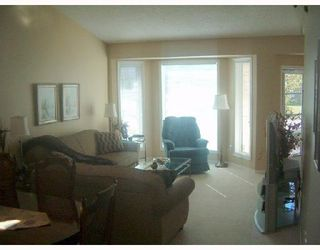 Photo 7: 134 STONEY LAKE Bay in WINNIPEG: Transcona Single Family Detached for sale (North East Winnipeg)  : MLS®# 2716234